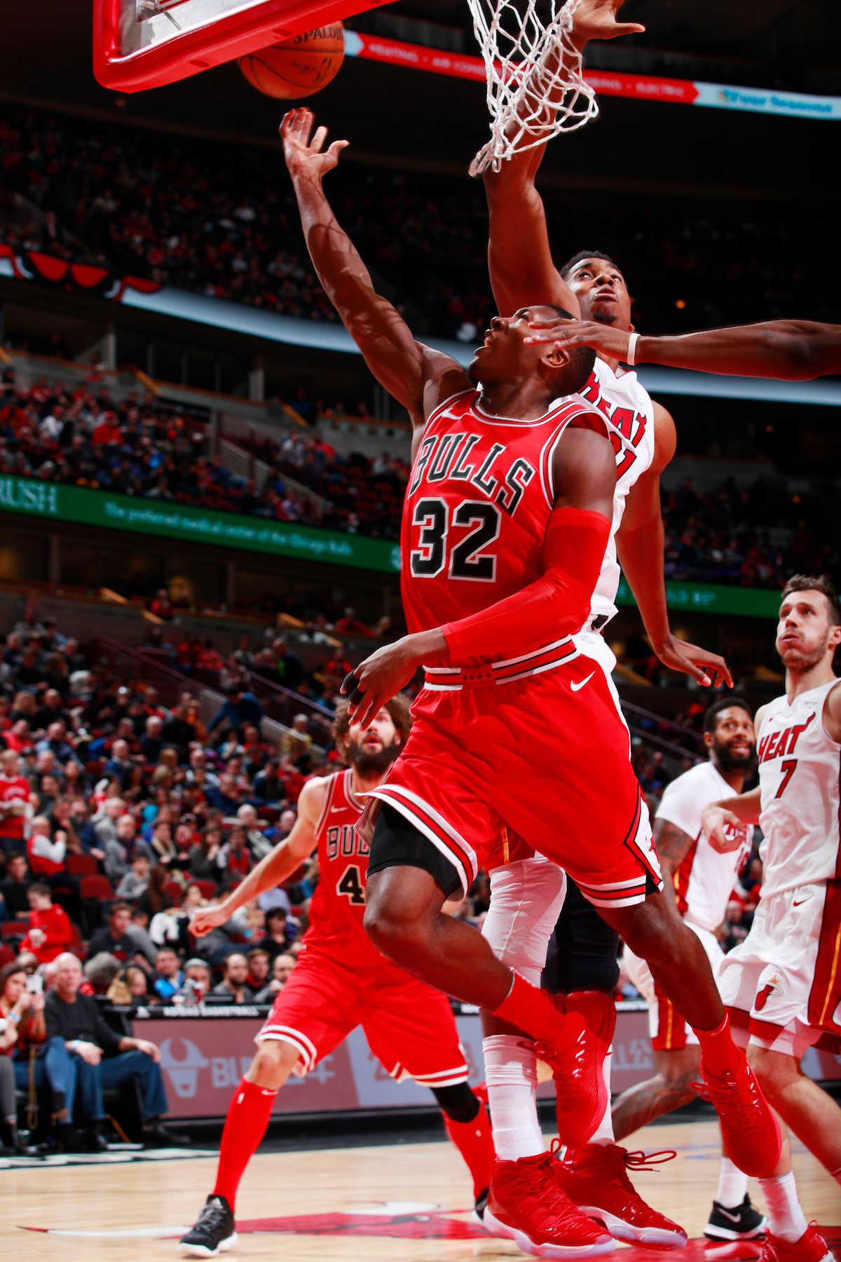 Kris Dunn #32 of the Chicago Bulls shoots a lay up against the Miami Heat on January 15, 2018 at the United Center in Chicago, Illinois.