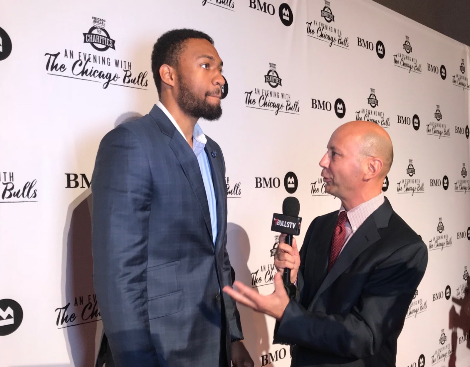 Chuck Swirsky interviews Jabari Parker at 'Evening With the Chicago Bulls'