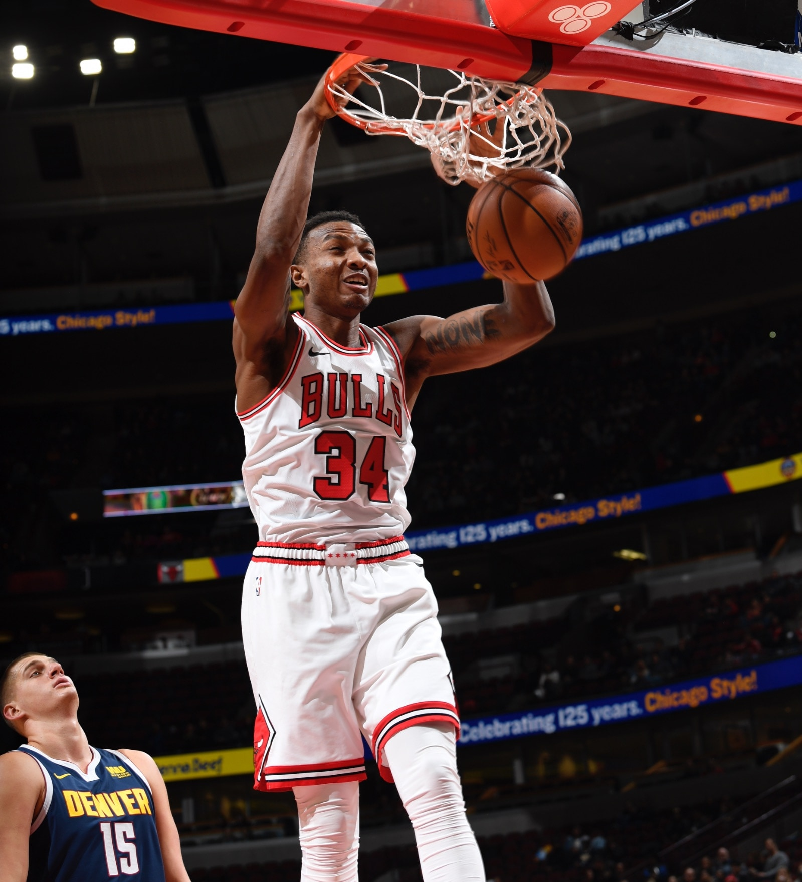 Wendell Carter Jr. throws down a big dunk against Denver