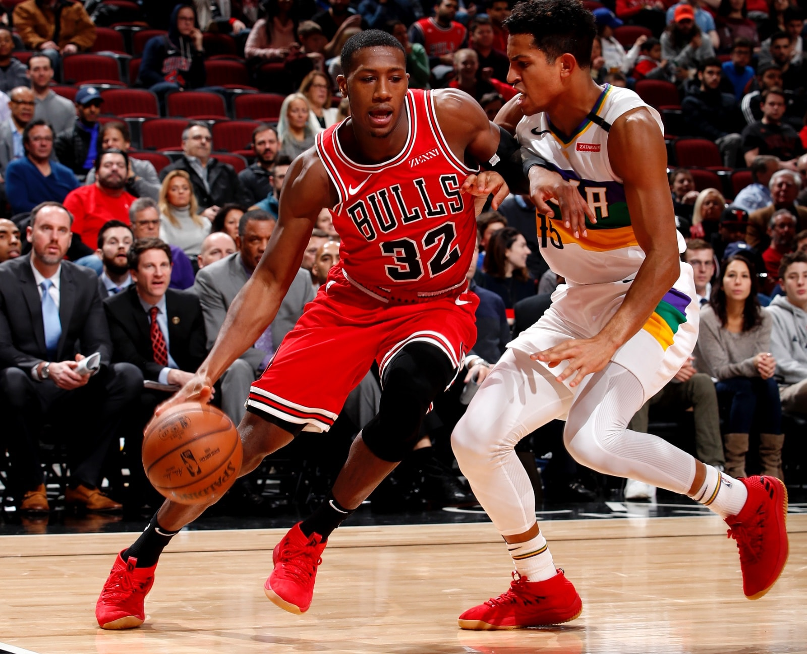 Kris Dunn drives to the basket