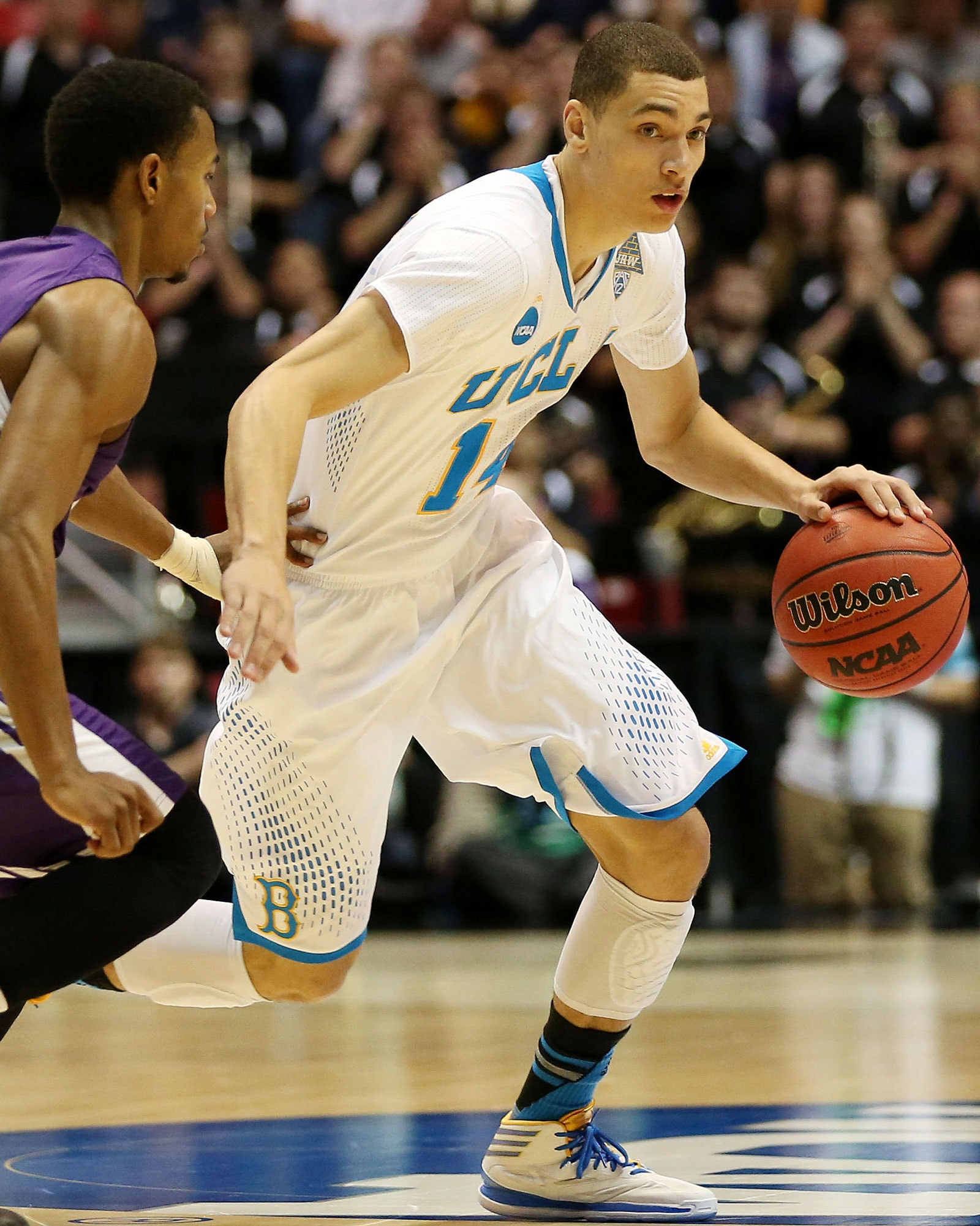 Zach LaVine playing for UCLA