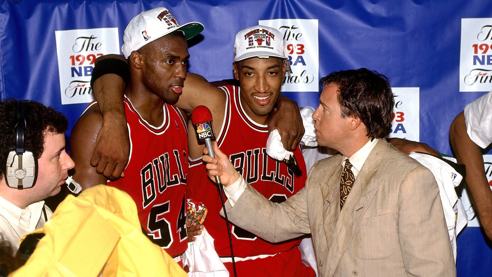 Horace Grant & Scottie Pippen talk with Bob Costas after defeating the Phoenix Suns for the 1993 NBA Championship