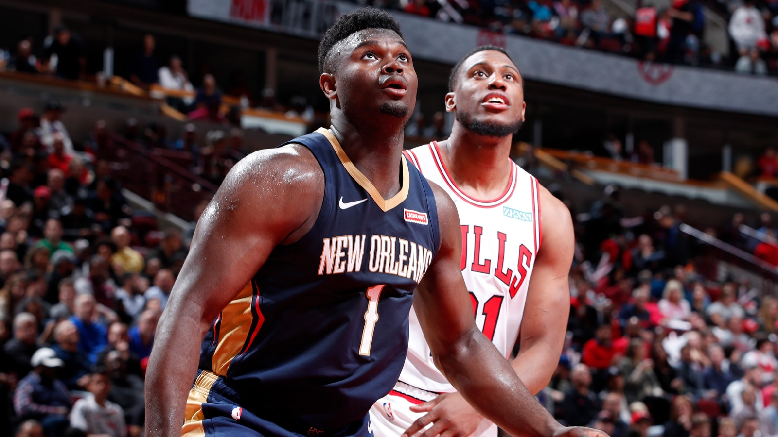 Zion Williamson matched up with Thad Young.