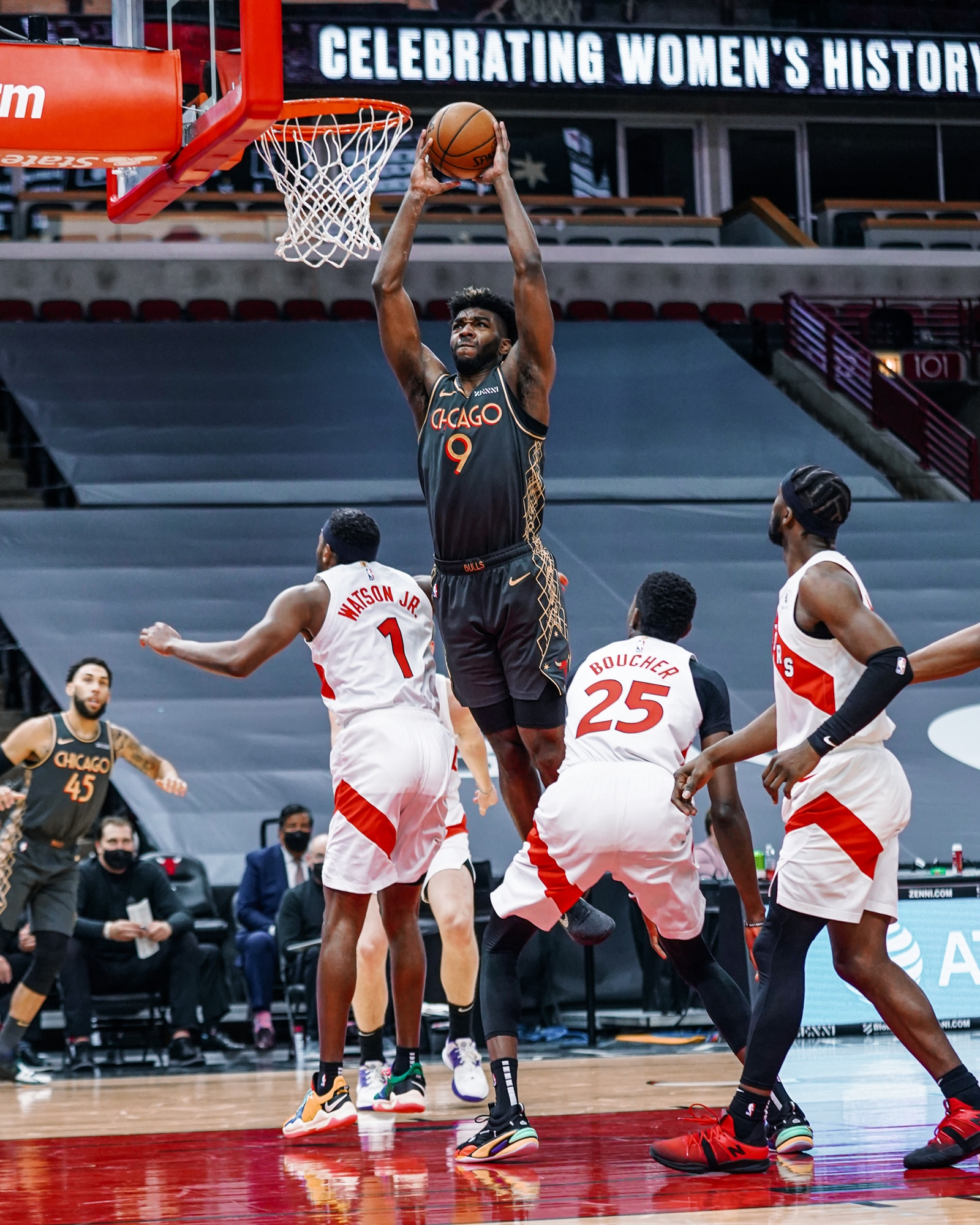 Patrick Williams throws down a dunk against the Toronto Raptors during the 2020-21 season.