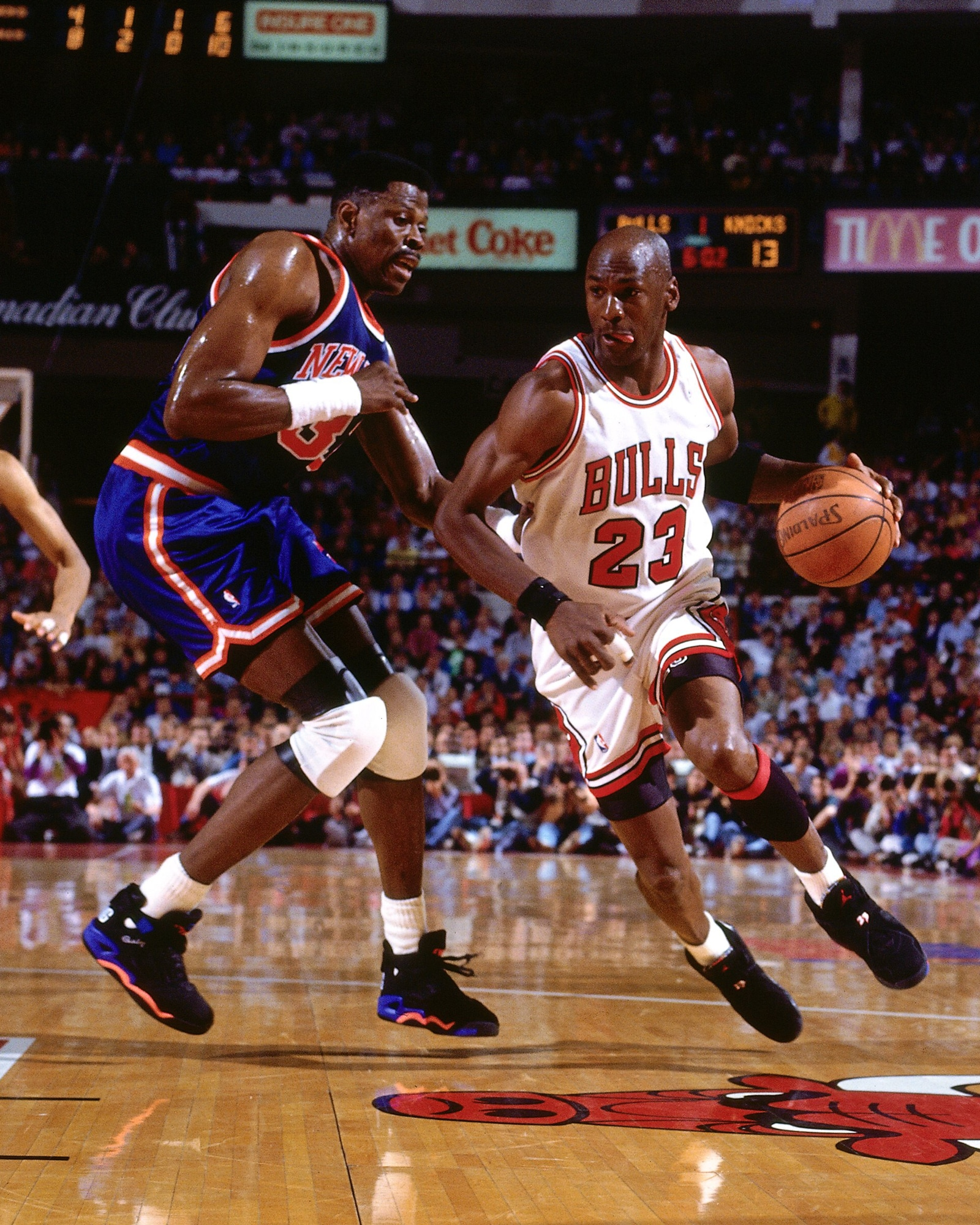 Michael Jordan drives on Patrick Ewing during the 1993 Eastern Conference Finals