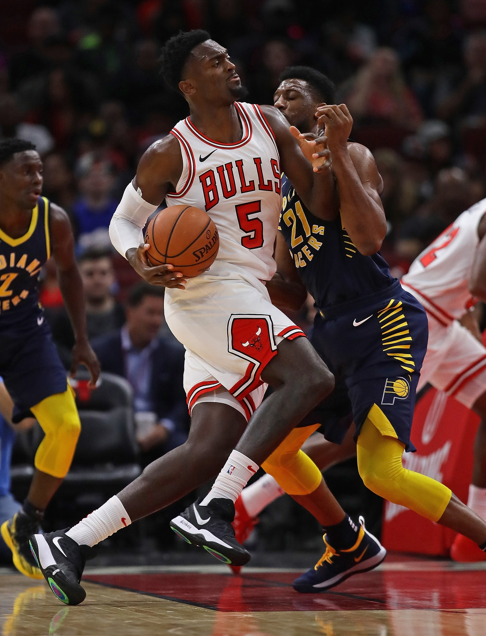 Bobby Portis powers his way through the Pacers defense