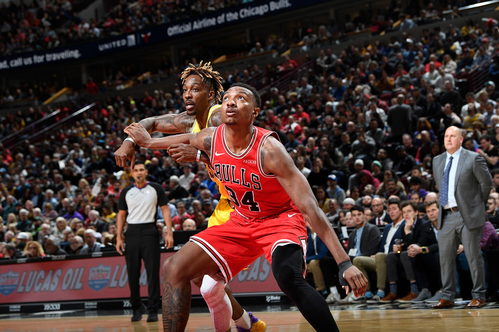 Wendell Carter Jr. goes against Dwight Howard