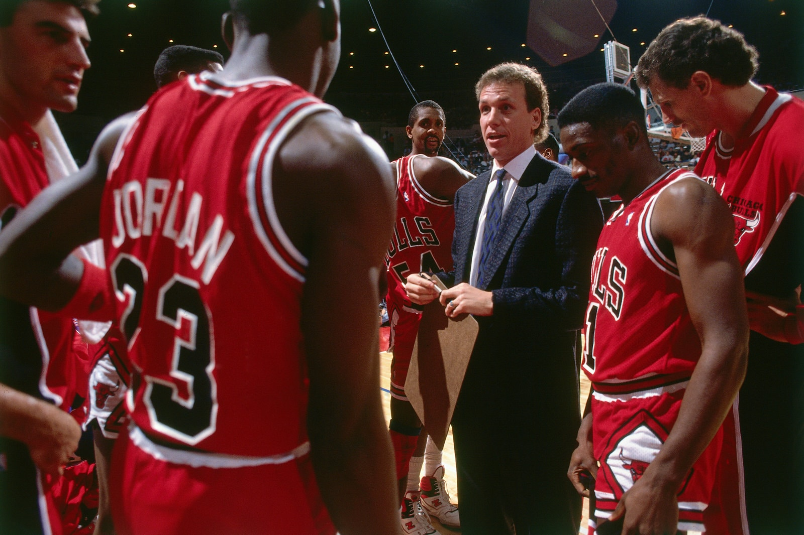 Head coach Doug Collins of the Chicago Bulls talks to his team during a game played circa 1988 at the Great Western Forum in Inglewood, California.
