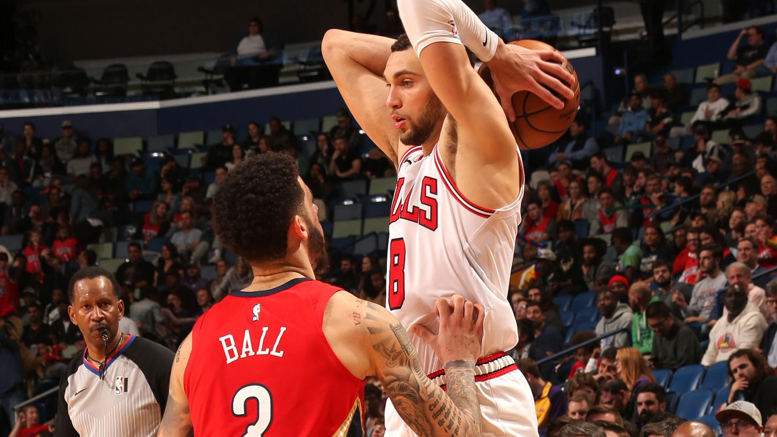 Zach LaVine against Lonzo Ball