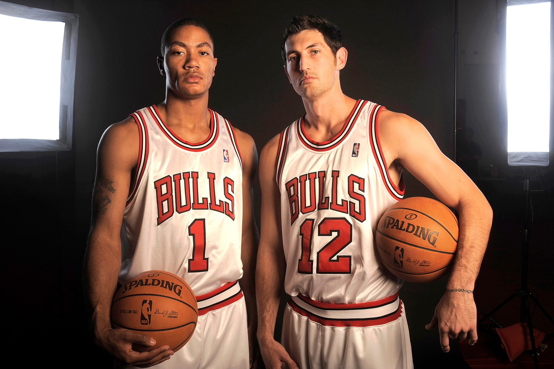 Kirk Hinrich & Derrick Rose During a Photoshoot