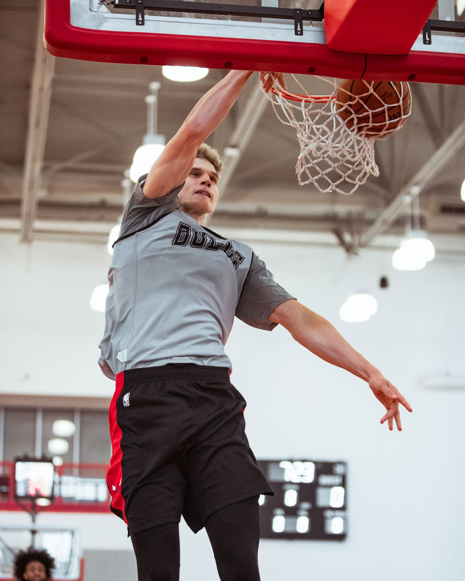 Lauri dunks the ball during Training Camp