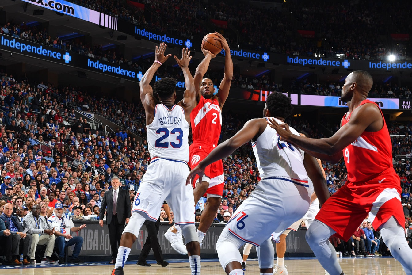 Kawhi Leonard #2 of the Toronto Raptors shoots the ball against the Philadelphia 76ers during Game Six of the Eastern Conference Semifinals on May 9, 2019 at the Wells Fargo Center in Philadelphia, Pennsylvania.