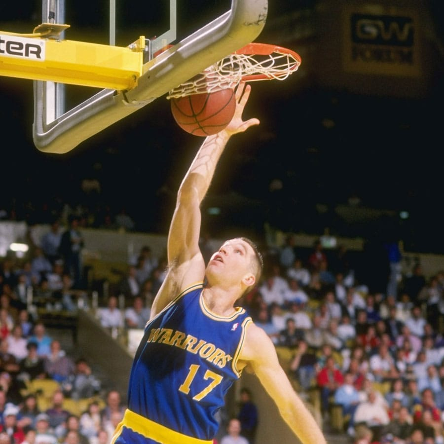 7ff0d5999ba6 Forward Chris Mullin of the Golden State Warriors goes up for two.