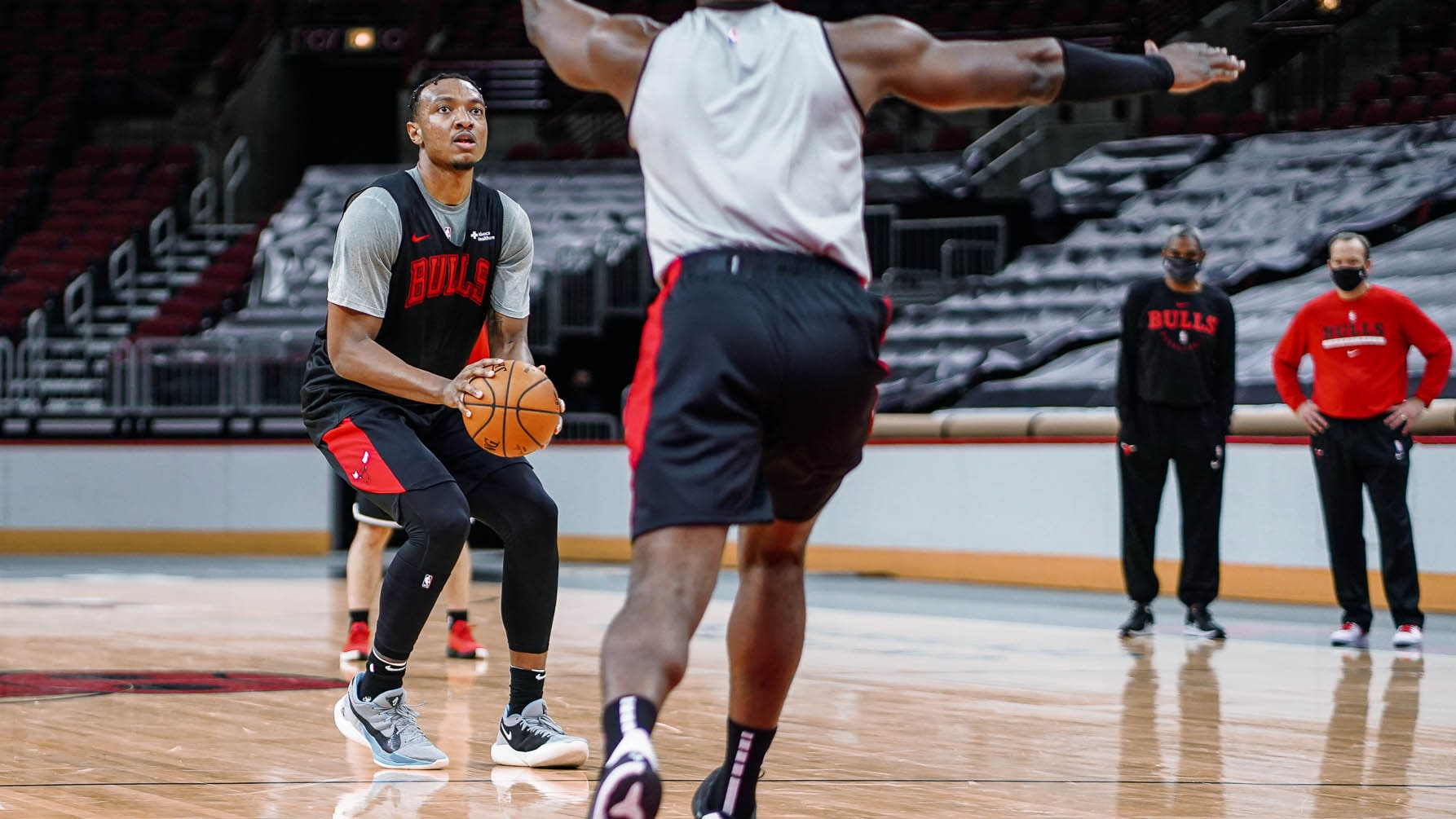 Wendell Shooting at the United Center during Bulls Training Camp